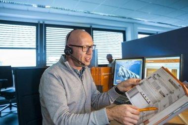 Berater Gödde GmbH Headset Katalog Telefon
