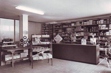 Ladentheke Geschäft Köln Innenstadt Gödde GmbH