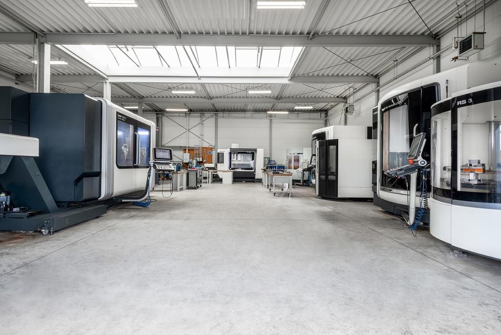 AS Zerspanungstechnik GmbH Produktionshalle Gödde GmbH